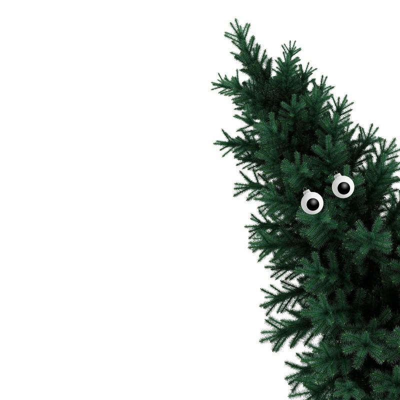 Christbaumkugel Auge an einer schräg stehenden Tanne – corpus delicti design Hamburg – Wir machen Geschenke