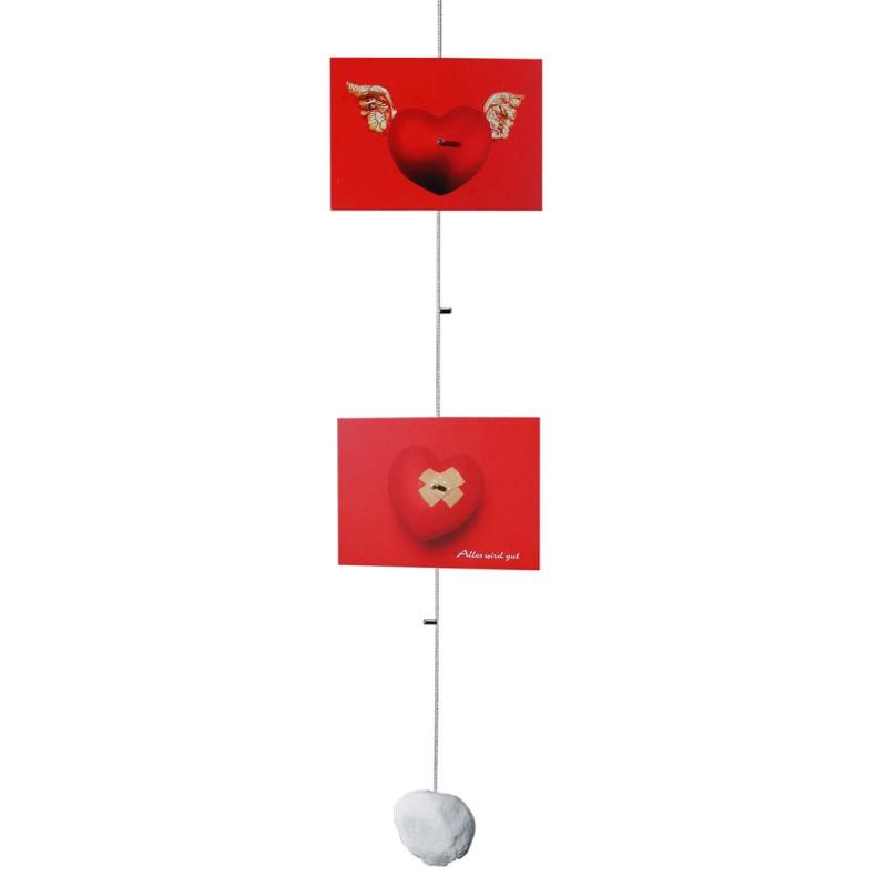 Cliff Hanger SlimLine – Fotoseil mit zwei roten Postkarten – corpus delicti design Hamburg – Wir machen Geschenke