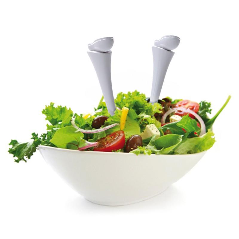 Jumpin' Jacks – Salatbesteck im Salat steckend – corpus delicti design Hamburg – Wir machen Geschenke