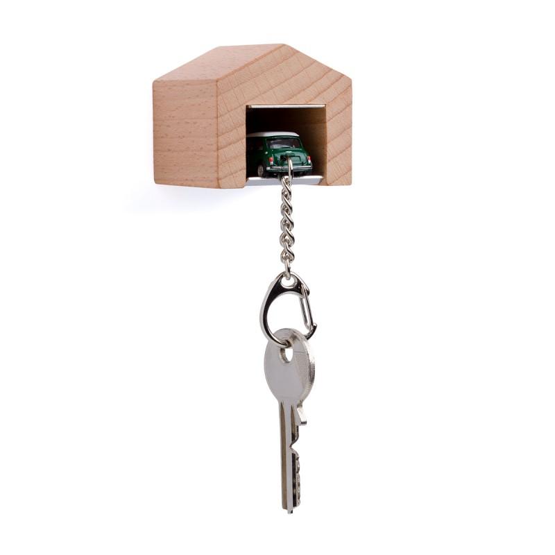 Garage mit Schlüsselanhänger - Mini Cooper British Racing Green an der Wand – corpus delicti design Hamburg – Wir machen Geschenke