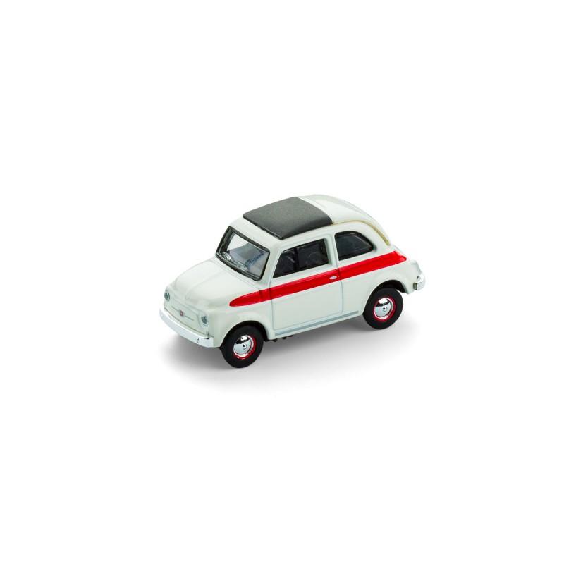 Fiat 500 Sport mit Magnet auf dem Tisch – corpus delicti design Hamburg – Wir machen Geschenke