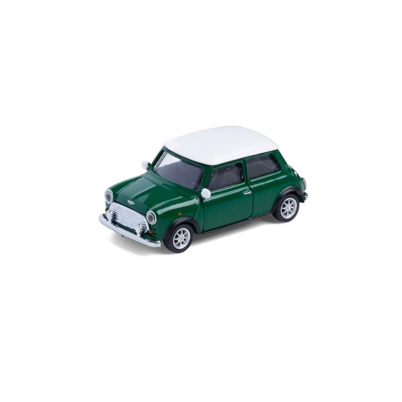 Mini Cooper British Racing Green mit Magnet auf dem Tisch Ansicht schräg von vorn – corpus delicti design Hamburg – Wir machen Geschenke