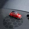 Magnetischer Parkscheinhalter Citroën 2CV - Ente - Döschwo rot auf einem Armaturenbrett – corpus delicti design Hamburg – Wir machen Geschenke