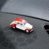Magnetischer Parkscheinhalter Citroën 2CV Dolly - Ente - Döschwo auf dem Armaturenbrett – corpus delicti design Hamburg – Wir machen Geschenke