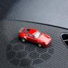 Magnetischer Parkscheinhalter Porsche 934 RSR auf einem Armaturenbrett – corpus delicti design Hamburg – Wir machen Geschenke