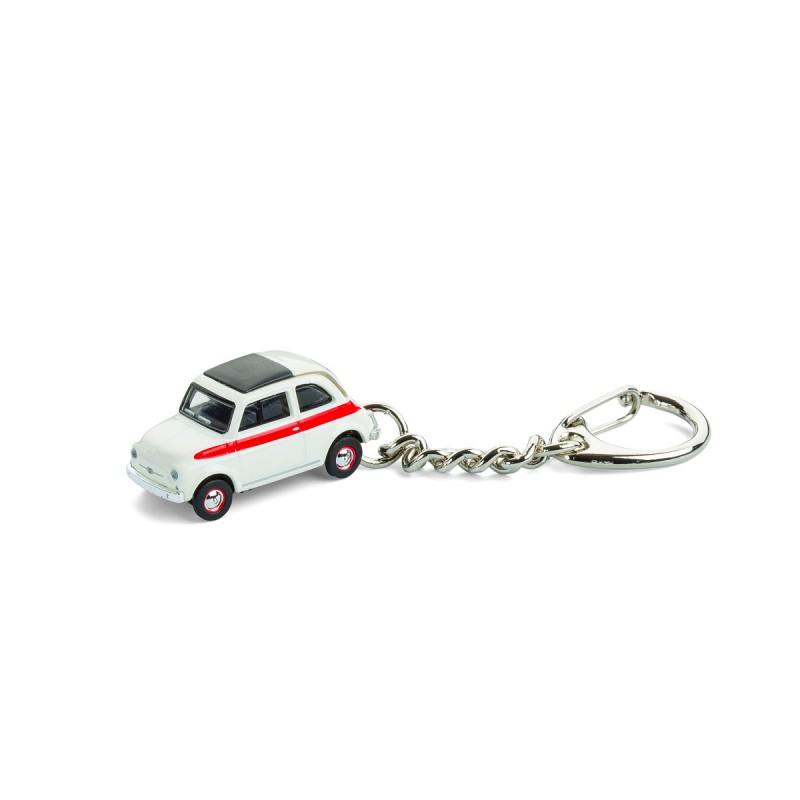 Schlüsselanhänger Fiat 500 Sport auf dem Tisch Ansicht von vorn–corpus delicti – corpus delicti design Hamburg – Wir machen Geschenke