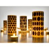 Lichthüllen Black & White Windlicht alle fünf Motive auf dem Tisch mit Teelichten – corpus delicti design Hamburg – Wir machen Geschenke