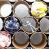 Loop - das flexible Schalregal Detailansicht mit Schals und Roboter – corpus delicti design Hamburg – Wir machen Geschenke